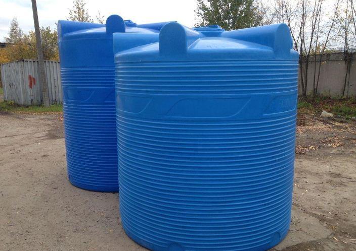 пластиковые емкости для воды